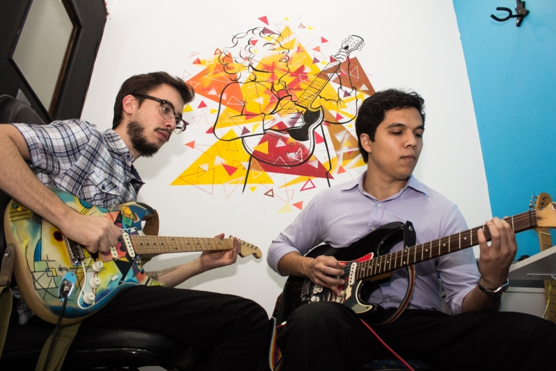 Aula de Guitarra no Mandaqui - Aula de Guitarra Preço