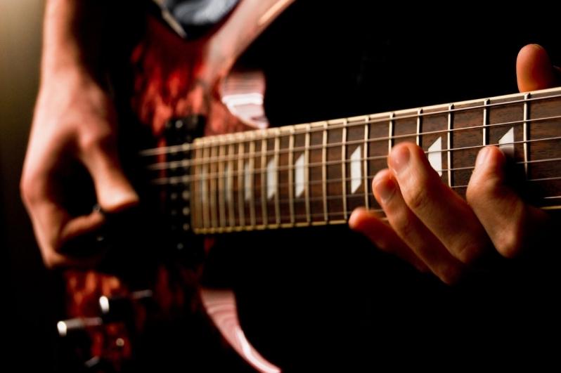 Aula de Guitarra Preço no Mandaqui - Aula de Guitarra no Carandiru