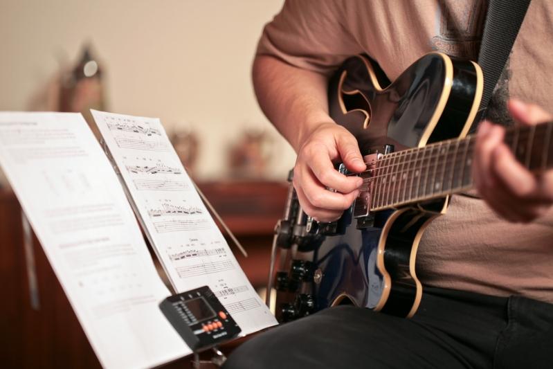 Aula de Guitarra Quais Os Valores na Lauzane Paulista - Aula de Guitarra em SP