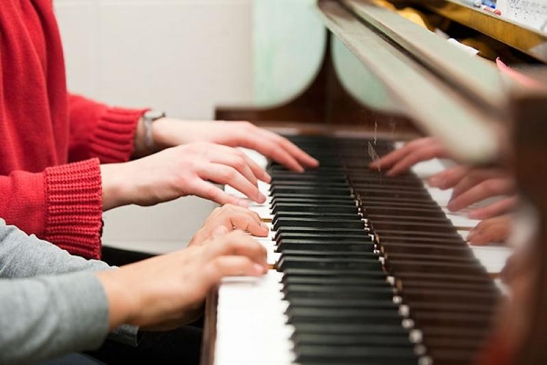 Aula de Piano Avançado Quais Os Preços na Vila Maria - Aula de Piano