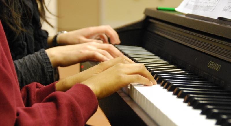 Aula de Piano Clássico na Lauzane Paulista - Aula de Piano Iniciante