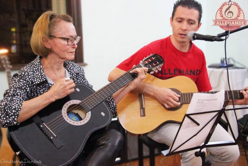 Cursos de Violão em Jaçanã - Aula de Violão