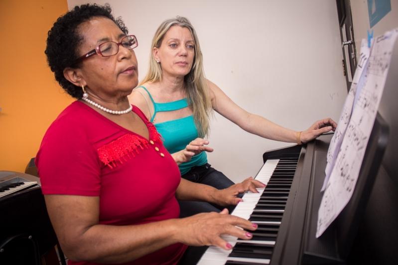 Escola de Aula de Piano em Santana - Aula de Piano Quanto Custa