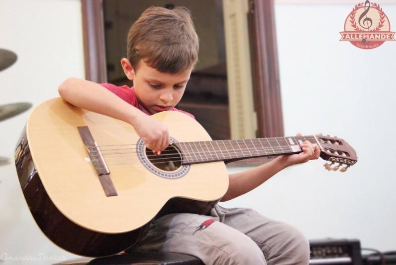 Escola de Aulas de Violão Onde Tem na Vila Guilherme - Aula de Violão