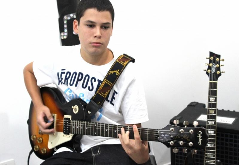 Escola de Guitarra Onde Encontrar no Tucuruvi - Aula de Guitarra na Zona Norte