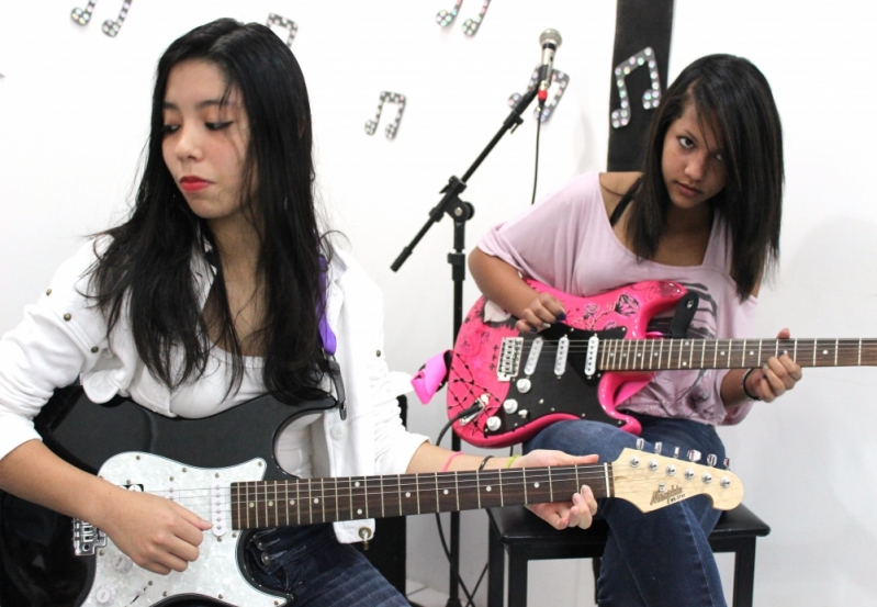 Escola de Guitarra Onde Tem no Tremembé - Aula de Guitarra na Zona Norte