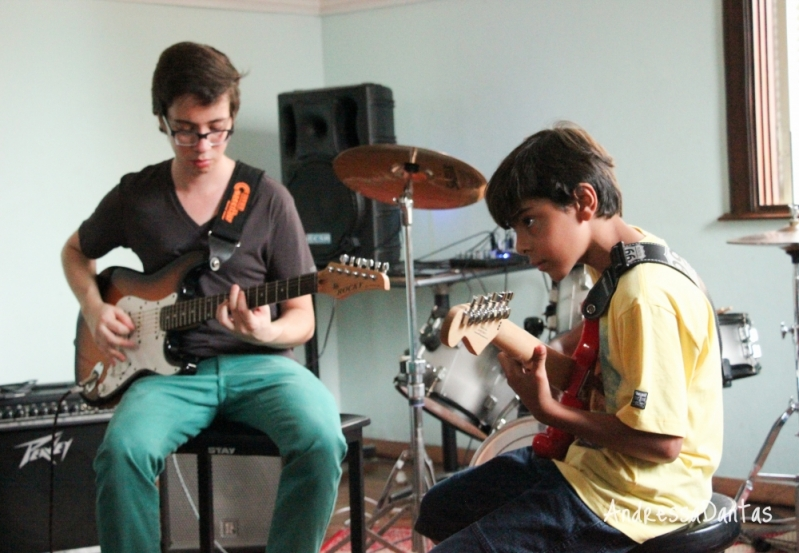 Escola de Guitarra Qual o Valor na Vila Gustavo - Aula de Guitarra na Zona Norte