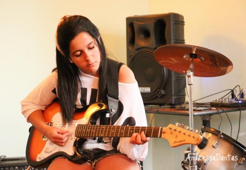 Escola de Guitarra Quanto Custa em Jaçanã - Aula de Guitarra na Zona Norte