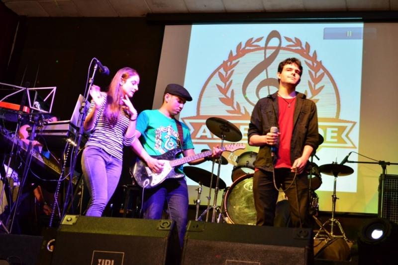 Escola de Musicas Qual o Preço na Vila Medeiros - Escola de Música Preços