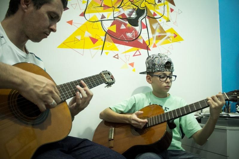 Escola de Violão para Crianças Lauzane Paulista - Escola de Violão para Crianças no Tucuruvi