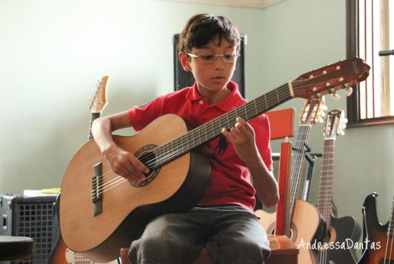 Escola de Violão para Crianças na Zona Norte Jaçanã - Escola de Violão para Crianças no Tucuruvi