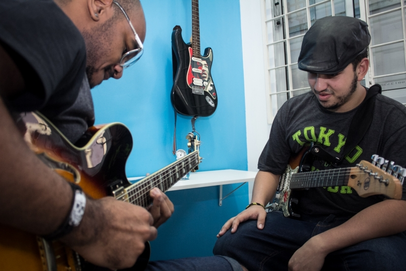 Onde Achar Aula de Guitarra na Parada Inglesa - Aula de Guitarra em Santana
