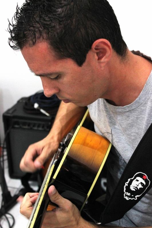 Onde Achar Escola de Guitarra em Jaçanã - Escola de Guitarra