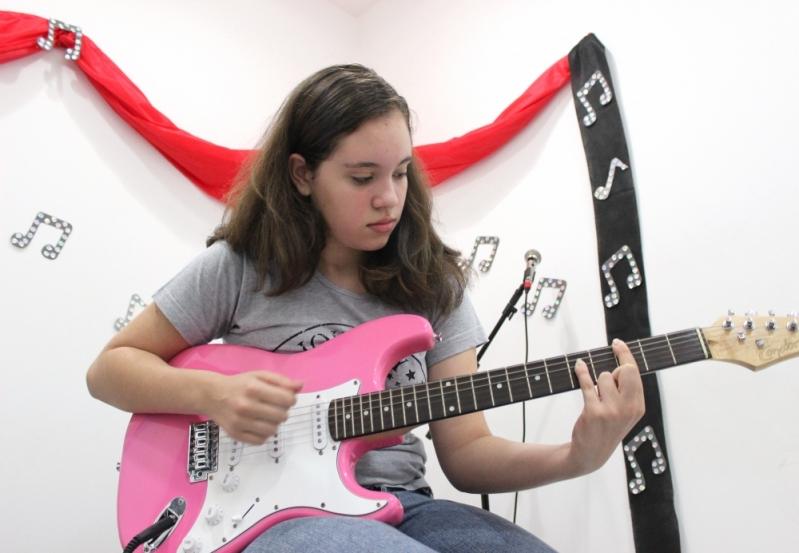 Onde Achar uma Escola de Guitarra na Vila Medeiros - Escola de Guitarra