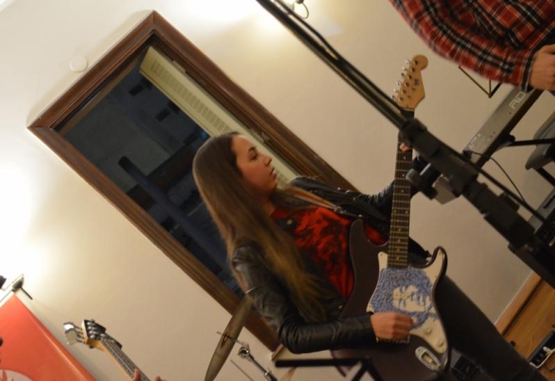 Onde Achar uma Escola para Aula Guitarra no Imirim - Aula de Guitarra no Carandiru