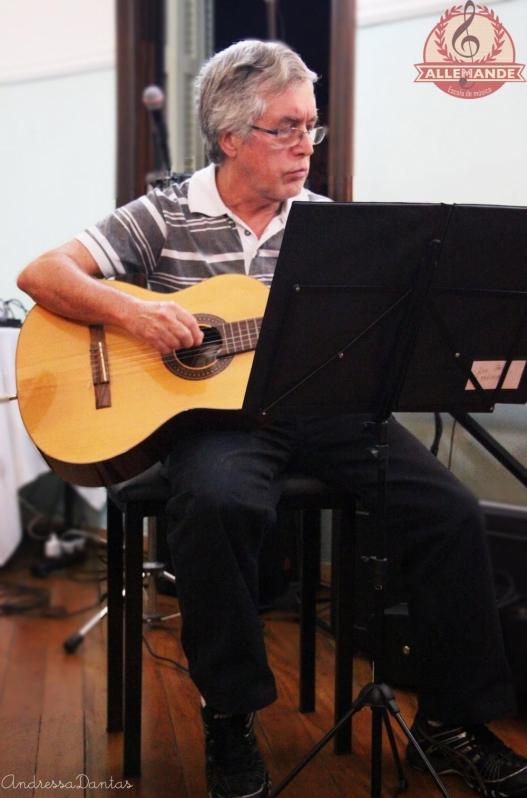 Onde Encontrar Escola de Aulas de Violão na Vila Gustavo - Aula de Violão Preço