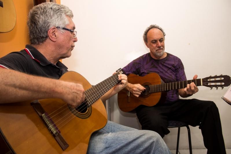 Onde Encontrar uma Aula de Violão  no Jardim São Paulo - Aula de Violão Valor