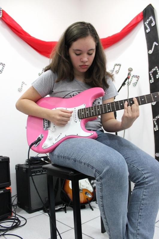 Onde Encontrar uma Escola de Guitarra em Jaçanã - Escola de Guitarra
