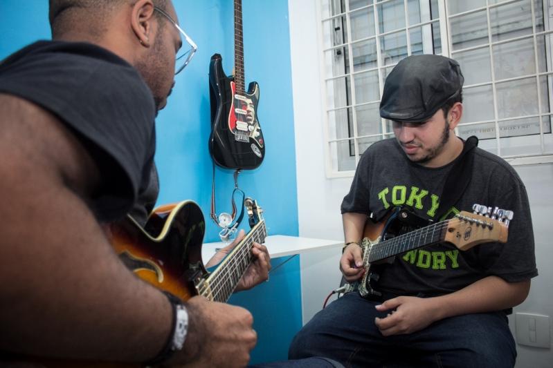 Onde Fazer Aula de Guitarra no Jaraguá - Aula de Guitarra em Santana