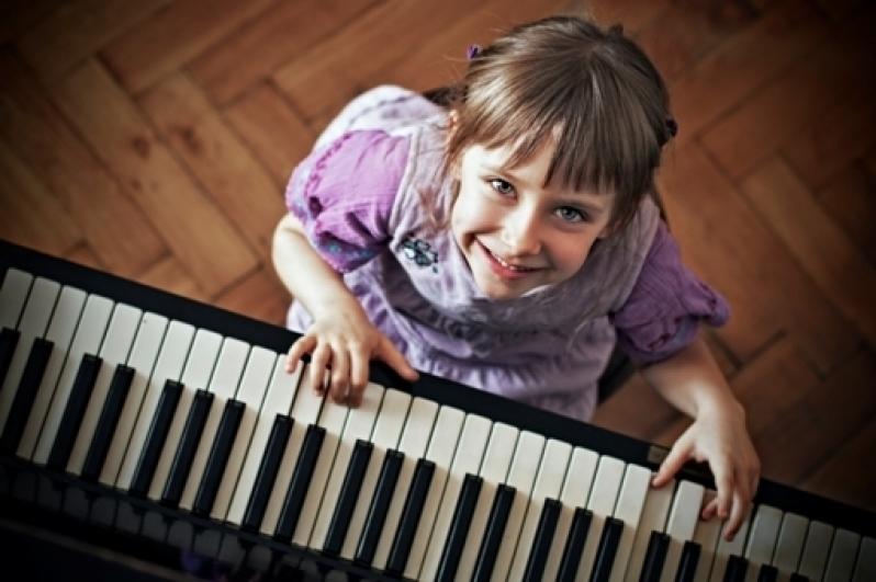 Onde Fazer uma Aula de Piano Clássico em Cachoeirinha - Aula de Piano Iniciante