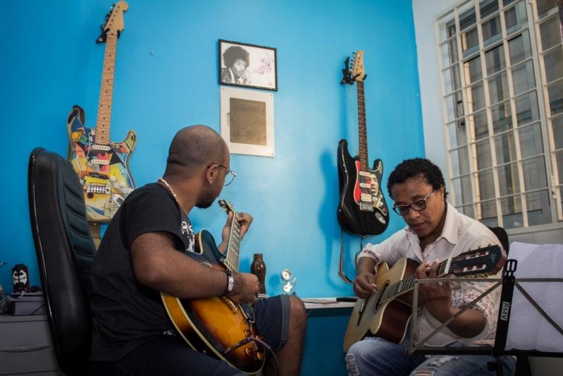 Onde Tem Aula de Guitarra na Freguesia do Ó - Aula de Guitarra em Santana