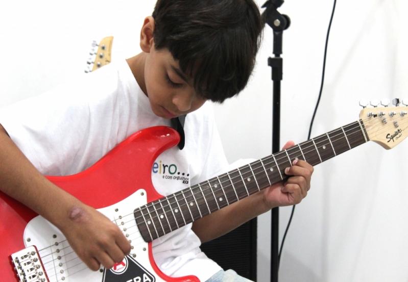 Onde Tem Escola de Guitarra na Casa Verde - Aula de Guitarra na Zona Norte
