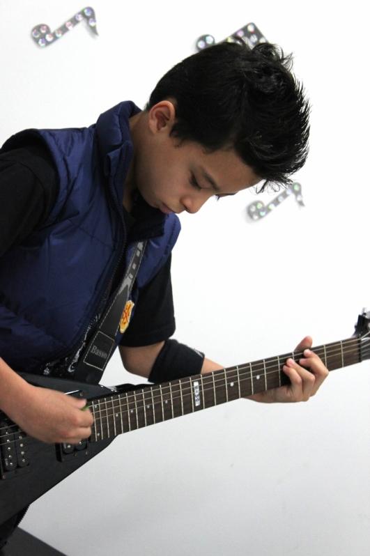 Onde Tem uma Escola de Guitarra no Jardim São Paulo - Escola de Guitarra