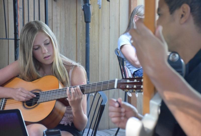 Preço de Aula de Violão no Tremembé - Aula de Violãoem Santana