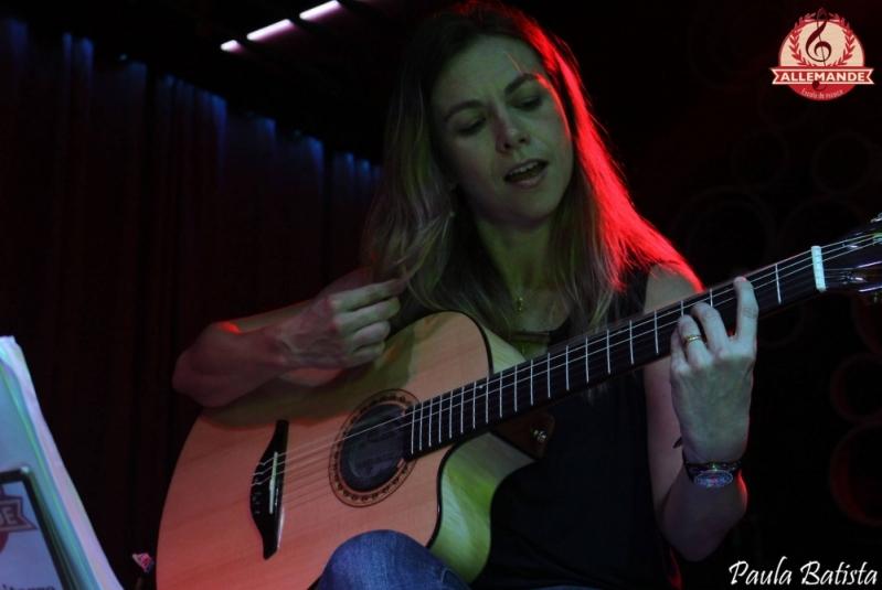 Preço de Escola de Violão na Lauzane Paulista - Quanto Custa Aula de Violão
