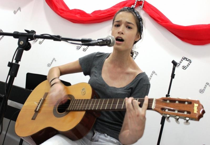 Preço de Escola para Aula de Canto no Mandaqui - Aula de Canto em São Paulo