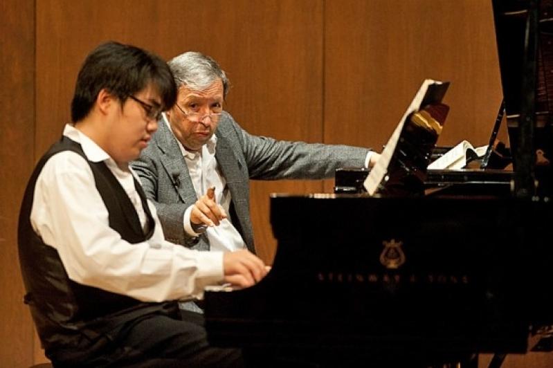 Preço de uma Aula de Piano Clássico em Cachoeirinha - Aula de Piano Particular