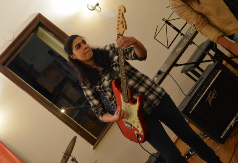 Quais Os Valores de Aula Guitarra em Jaçanã - Aula de Guitarra no Carandiru