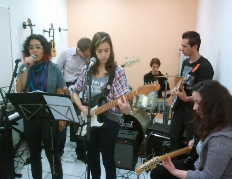 Qual o Valor de Aula Guitarra em Brasilândia - Aula Guitarra