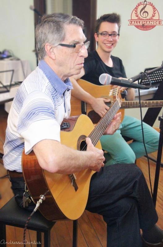 Qual Valor Aulas de Violão em Brasilândia - Aula de Violão Preço