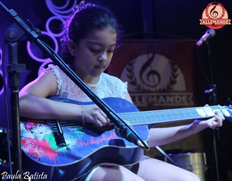 Quanto Custa Aula de Violão para Criança Pequena Mandaqui - Escola de Violão para Crianças na Zn