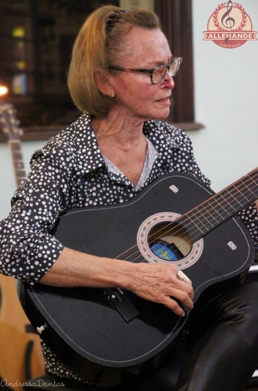 Quanto Custa Escola de Violão Infantil na Zn Lauzane Paulista - Escola de Violão para Crianças na Zn
