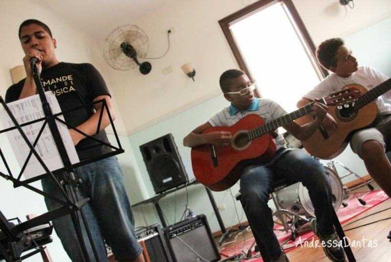 Quanto Custa Escola de Violão para Crianças Brasilândia - Escola de Violão para Crianças no Tucuruvi