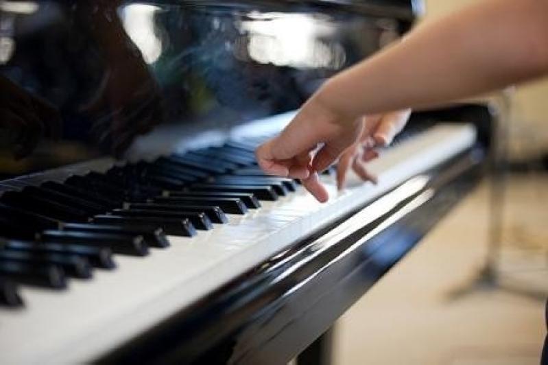 Quanto Custa uma Aula de Piano em Brasilândia - Aula de Piano no Carandiru
