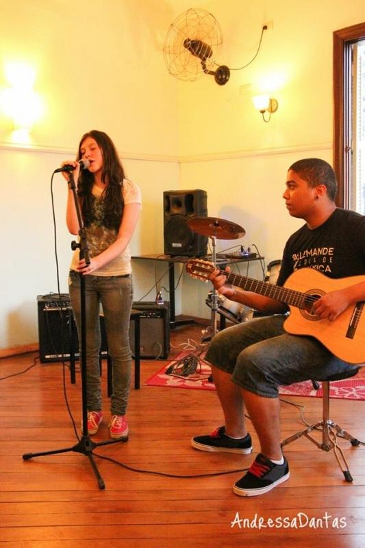 Quanto Custa uma Aula Particular de Canto na Vila Guilherme - Quanto Custa Aula de Canto