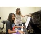 Aula de piano avançado onde fazer em Santana
