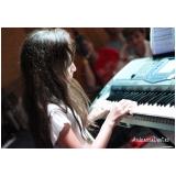 Aula de piano preços em Brasilândia