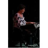 Aula de teclado em Santana
