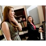 Escola para aula de canto