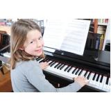 Aulas de tocar piano