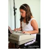 Aula de teclado musical