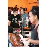 Aula de teclado ritmos