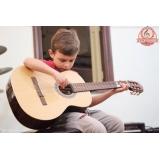 Escola de Aulas de violão onde tem no Tremembé