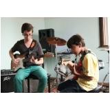 Escola de guitarra qual o valor em Santana