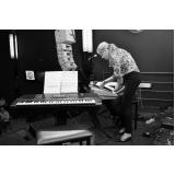 Onde achar Aula de teclado escalas na Vila Gustavo