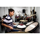 Onde achar uma escola de musica na Vila Gustavo